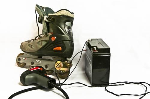 Роликовые коньки с электроприводом, роликовые коньки, электропривод